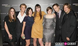Alicia অগ্রদূত Couvering Rhys Wakefield Oliva Thirlby Ry Russo Young Lena Dunham Justin Kirk Jonat