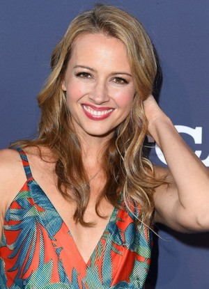 Amy Acker attends the fox, mbweha Summer TCA 2018 All-Star Party