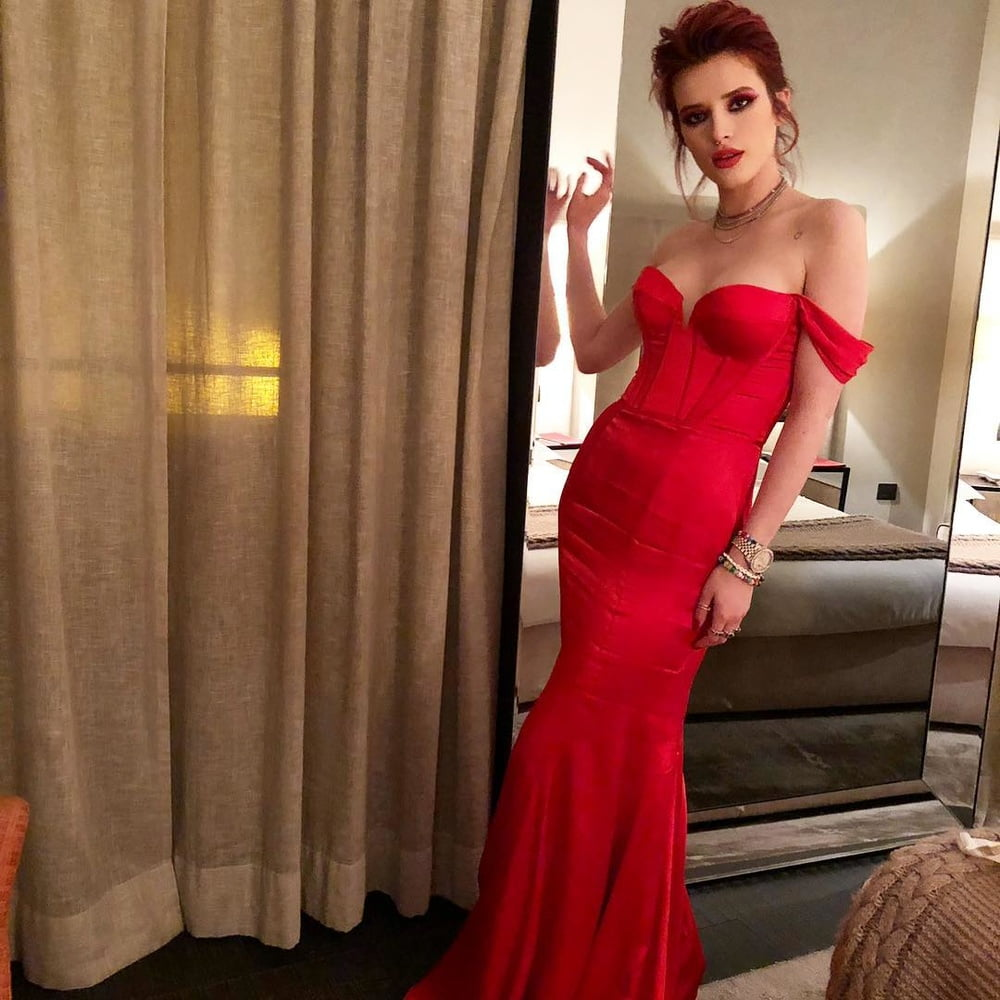 Bella Thorne Red HOT