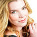 Betty Gilpin icon