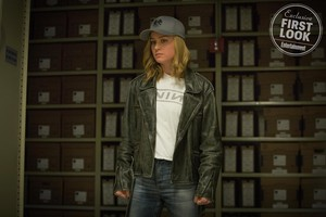 Captain Marvel - First Look تصاویر