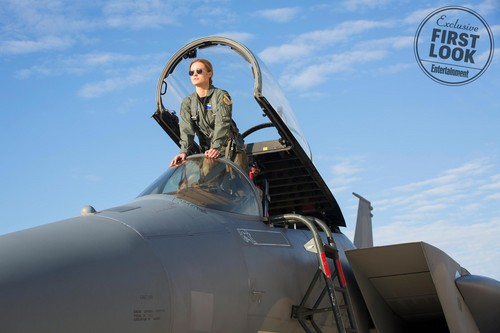 Marvel's Captain Marvel fond d'écran titled Captain Marvel - First Look photos