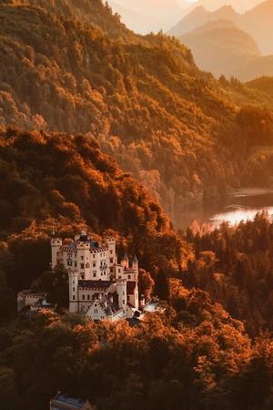 Castles in autumn🍁🍂🍃