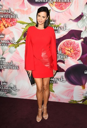 Catherine sino at Hallmark Channel all estrela Party