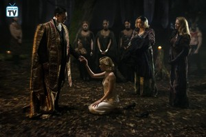 Chilling Adventures of Sabrina - Father Blackwood, Sabrina, Hilda and Zelda