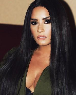 Demi (2018)