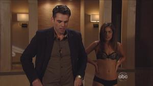 Dr. Britt Westbourne (Kelly Thiebaud) in her black फीता bra & panties - GH - Nov. 14, 2012 - 2