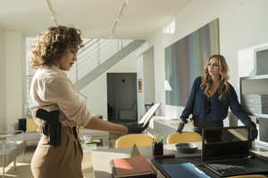 "Drea de Matteo as Tess Nazario in Shades of Blue: ""Fracture"""