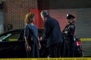 "Drea de Matteo as Tess Nazario in Shades of Blue: ""The Hollow Crown"""