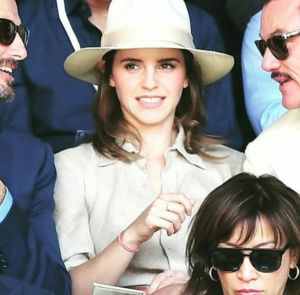 Emma Watson at Wimbledon in Londres with Luke Evans [July 15, 2018]