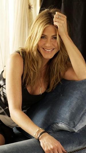 Jennifer Aniston d56d199b e439 3bc1 a29f 4d6b75fc86b9