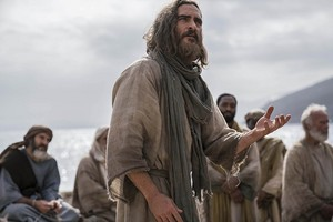 Joaquin Phoenix as 耶稣 in Mary Magdalene (2018)