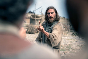 Joaquin Phoenix as येशु in Mary Magdalene (2018)