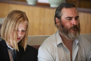 Joaquin Phoenix as Joe in আপনি Were Never Really Here (2017)