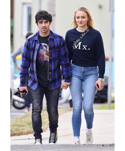 Joe Jonas fond d'écran entitled Joe and Sophie Turner