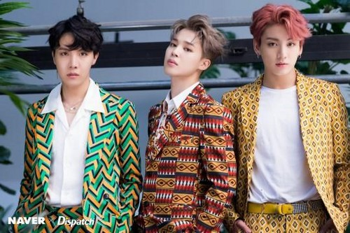 जूंगकूक (बी टी एस) वॉलपेपर titled Jungkook,jhope,jimin