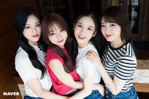 LOONA 1/3 Naver x Dispatch 2018