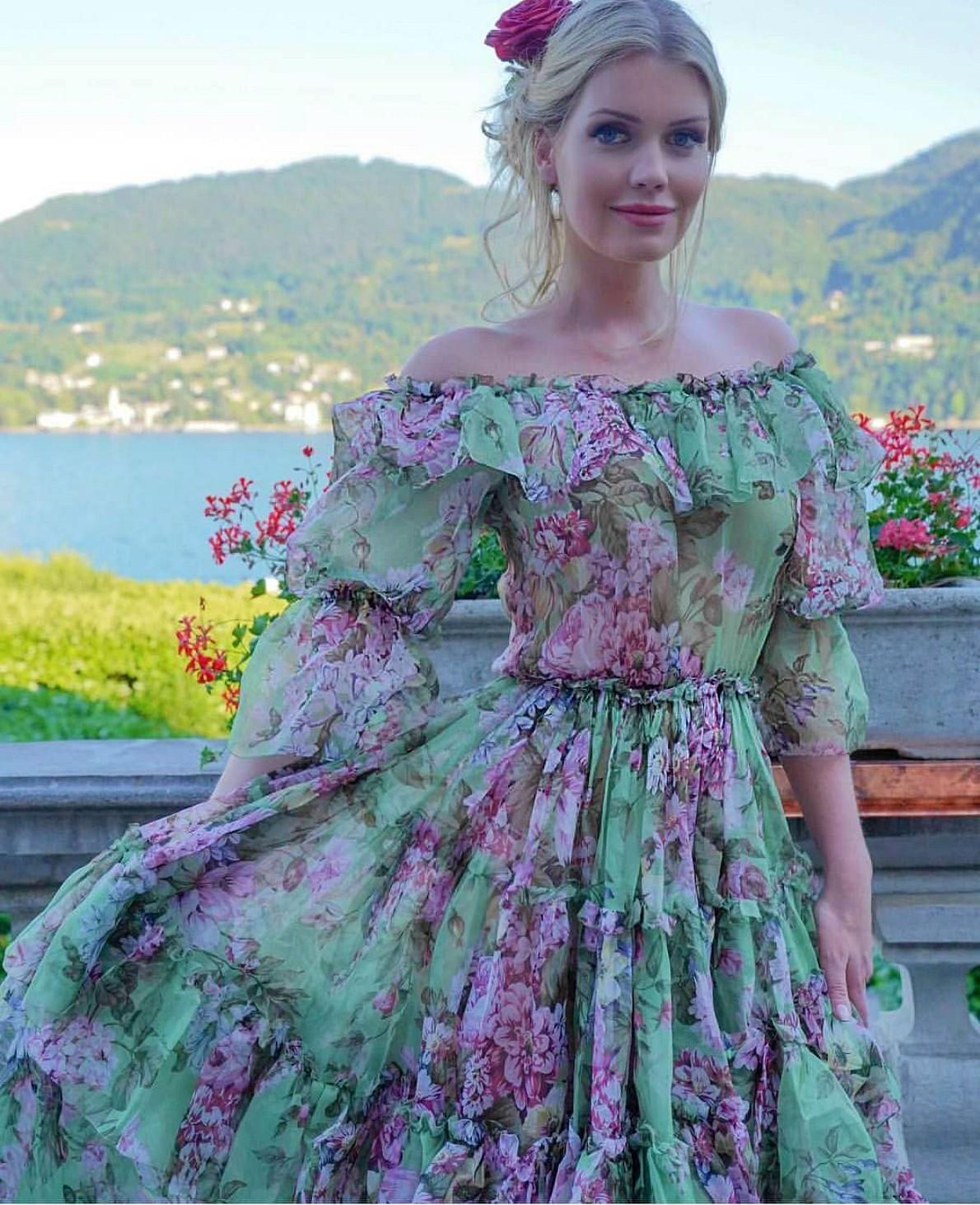 88df0f79c0543 princesa diana wallpaper titled Lady Kitty Spencer Dolce Gabbana dress