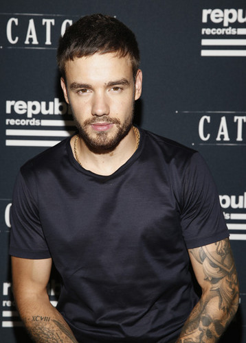 Liam Payne wolpeyper titled Liam Payne