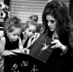 Lisa and her twins