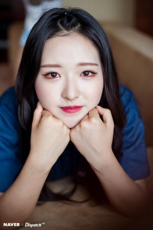 Loona - Olivia Hye Naver x Dispatch 2018