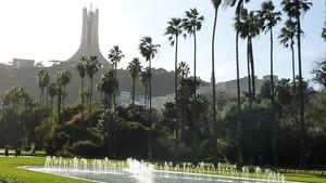 Martyrs' Memorial, Algiers