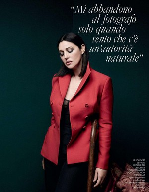 Monica Bellucci for Elle Italy [December 2017]