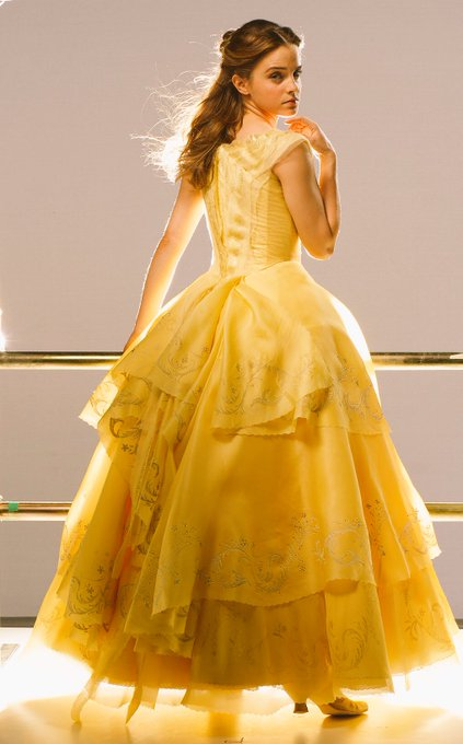 New Pic Of Emma Watson From Beauty And The Beast Hermione4evr