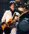 Prince - celebrities-who-died-young photo
