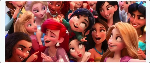 princesas de disney fondo de pantalla titled Princesses takes wefie - Wreck it Ralph 2