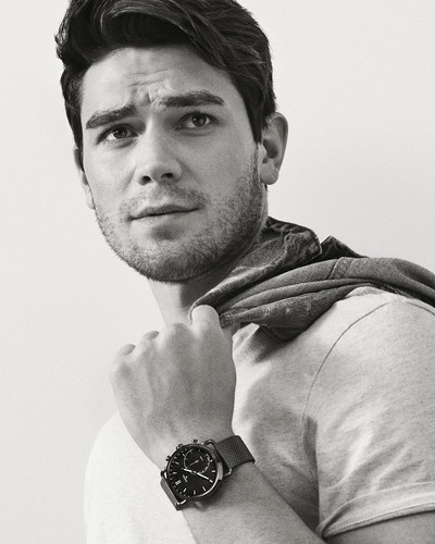 Riverdale (2017 TV series) fond d'écran entitled KJ Apa