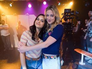 Lilli and Camila