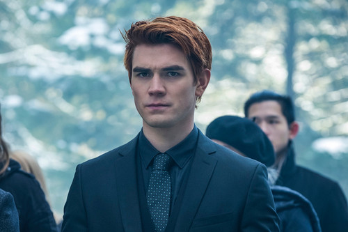 Riverdale (2017 TV series) Обои titled KJ Apa