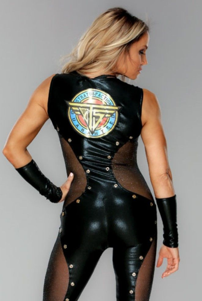 Royal Rumble 2018 Outfit