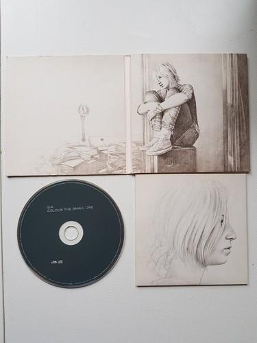 Sia fondo de pantalla entitled Sia Colour the small one artwork.