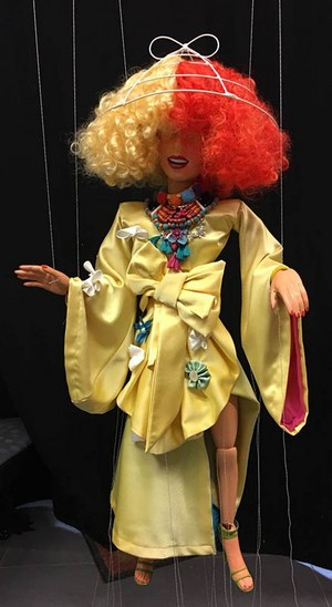 Sia's marionette for the #thunderclouds muziek video