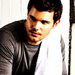 Taylor Lautner - the-rowdy-girls icon