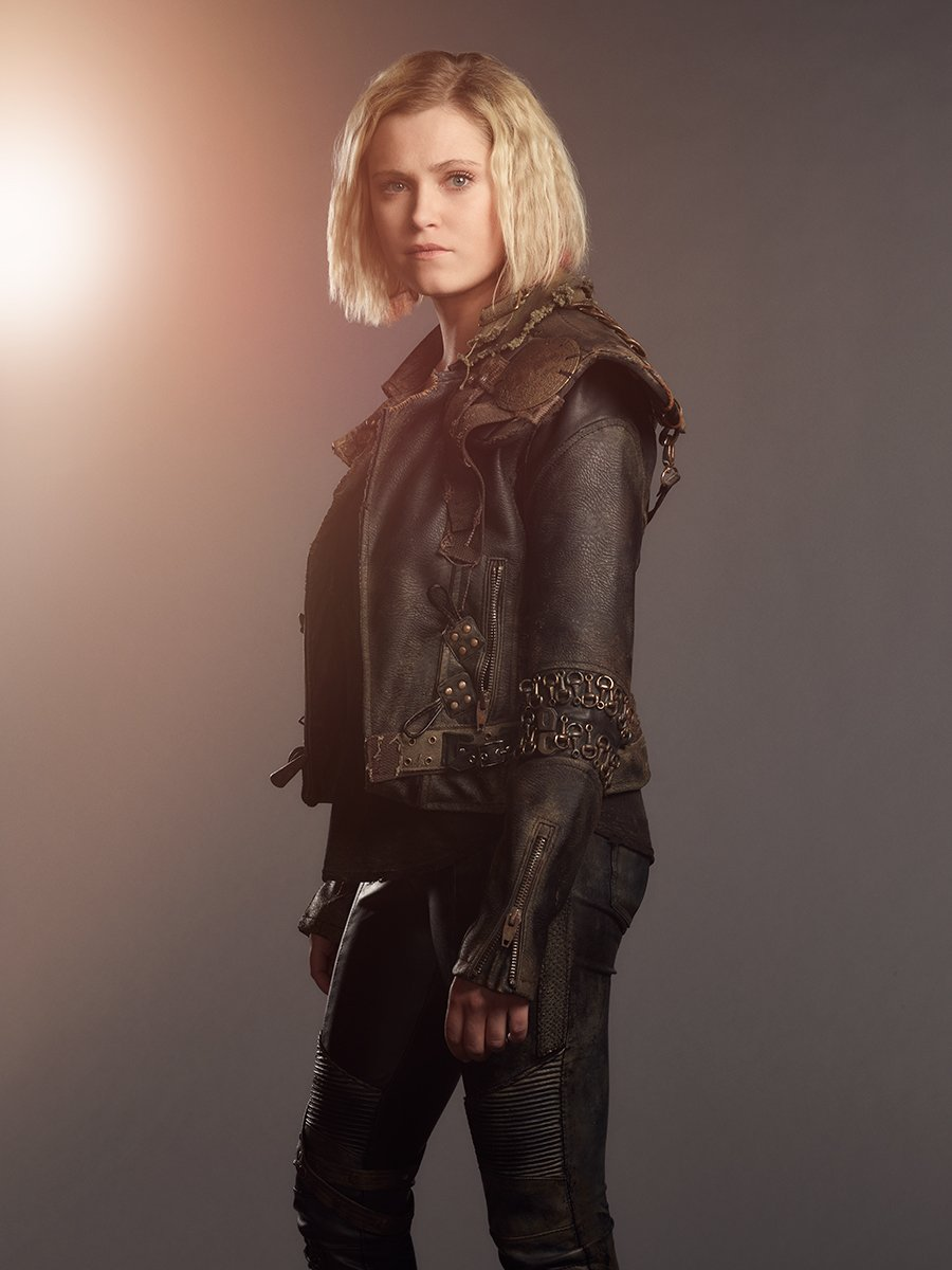 The 100 Season 5 - Clarke Griffin Official Picture