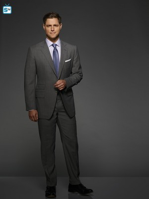 The Bold Type Season 2 Official Picture - Richard Hunter