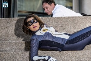 The Flash - Episode 5.01 - Nora - Promo Pics
