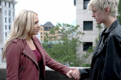 "The Gifted (TV Series) achtergrond titled The Gifted ""UnMoored"" (2x02) promotional picture"