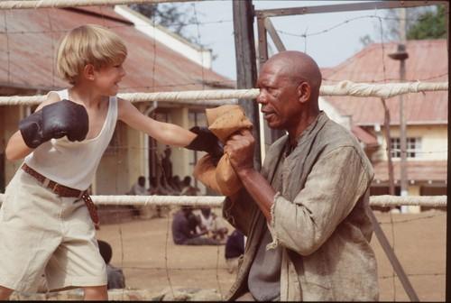 morgan Freeman karatasi la kupamba ukuta called The Power of One