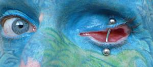 Tuerto piercing - eyelids piercing