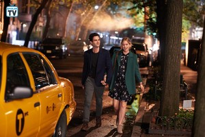 "You ""The Last Nice Guy in New York"" (1x02) promotional picture"