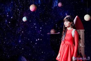 'Love Bomb' MV behind - Hayoung