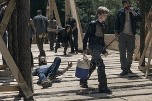 9x02 ~ The Bridge ~ Henry and Justin