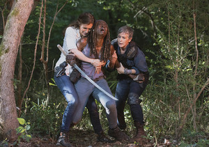 9x05 ~ What Comes After ~ Michonne, Carol and Maggie