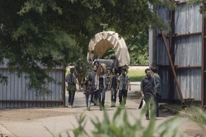 9x06 ~ Who Are Ты Now? ~ Magna, Luke, Connie, Kelly, Judith, Aaron, Rosita and Laura