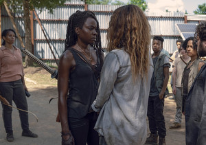 9x06 ~ Who Are আপনি Now? ~ Michonne and Magna