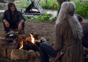 9x07 ~ Stradivarius ~ Carol and Daryl